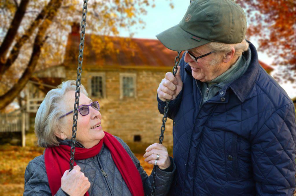couple-elderly-man-34761